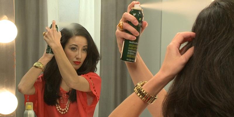 https: img-k.okeinfo.net content 2014 11 07 83 1062293 lebih-mengenal-dry-shampoo-BFf9hfBiLw.jpg