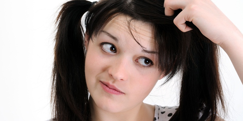 https: img-k.okeinfo.net content 2014 11 10 83 1063225 shampoo-antiketombe-bukan-solusi-FAugbrjbt9.jpg