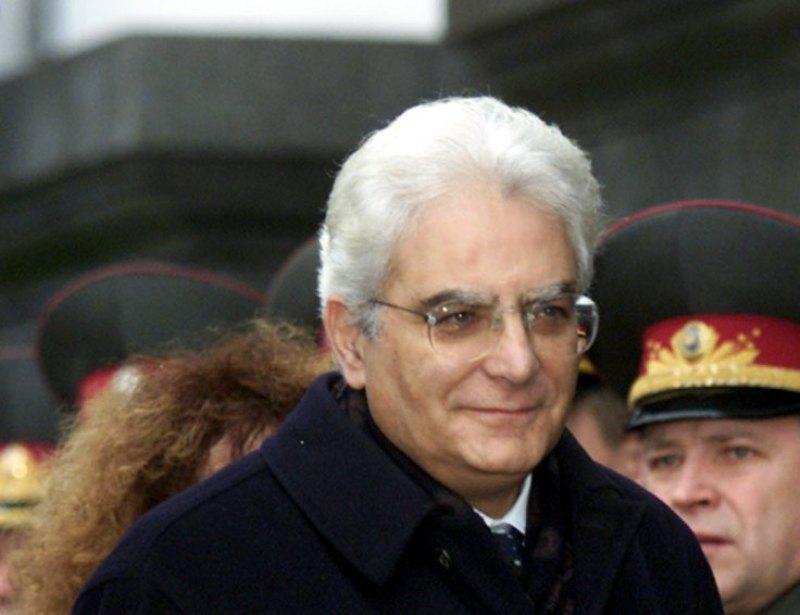 https: img-k.okeinfo.net content 2015 01 31 18 1099802 sergio-mattarella-terpilih-menjadi-presiden-italia-vazOuRNAFx.jpg