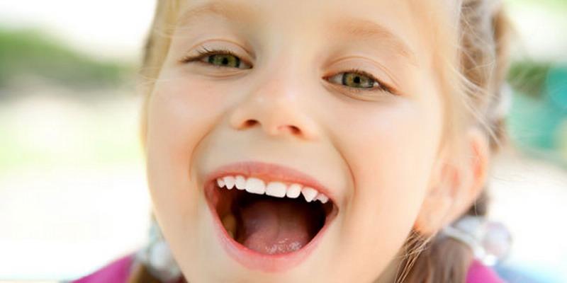 https: img k.okeinfo.net content 2015 03 06 487 1114546 penyebab gigi anak jadi tonggos C0zdEDuHTB.jpg