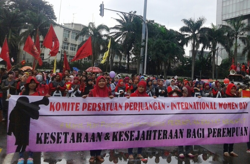https: img-k.okeinfo.net content 2015 03 08 337 1115343 harapan-buruh-wanita-pada-international-women-s-day-z0ykvDuyCf.jpg
