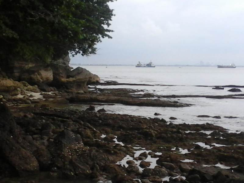 https: img-k.okeinfo.net content 2015 03 09 340 1115731 mahalnya-berlayar-menuju-pulau-nusakambangan-piEwpiCJ6S.jpg