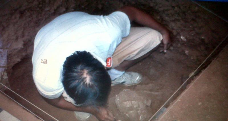 https: img-k.okeinfo.net content 2015 04 25 340 1139791 tengkorak-kepala-manusia-purba-ditemukan-di-bone-bCl9HnBNUY.jpg