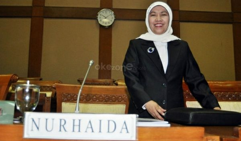 https: img-k.okeinfo.net content 2015 05 20 20 1152424 ojk-bicarakan-perkembangan-syariah-dengan-lord-mayor-london-30Jt4mMbhV.jpg