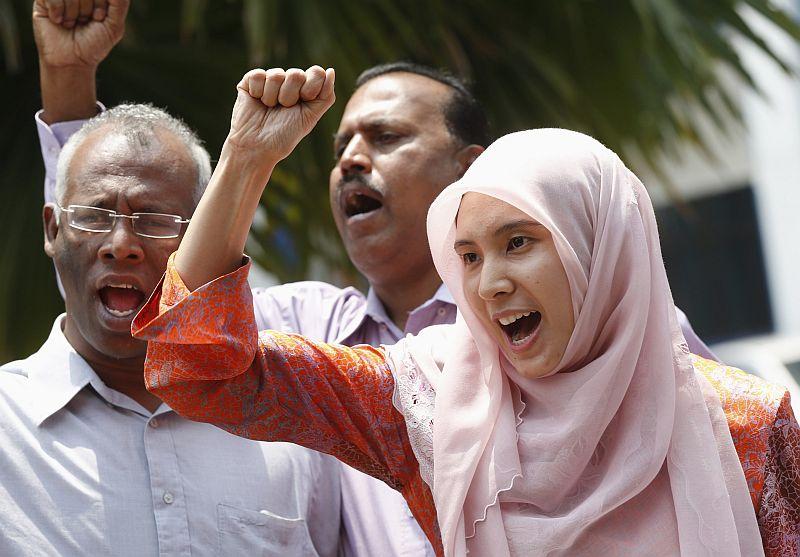 https: img-k.okeinfo.net content 2015 05 30 18 1157789 keluarga-minta-pemimpin-oposisi-malaysia-dirawat-pQB9qWgAZb.jpg