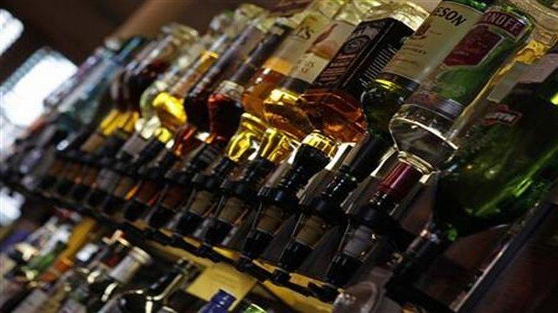 https: img-k.okeinfo.net content 2015 11 06 320 1244867 soal-pengendalian-minuman-beralkohol-ri-akan-belajar-ke-malaysia-ipsFYNJjtn.jpg