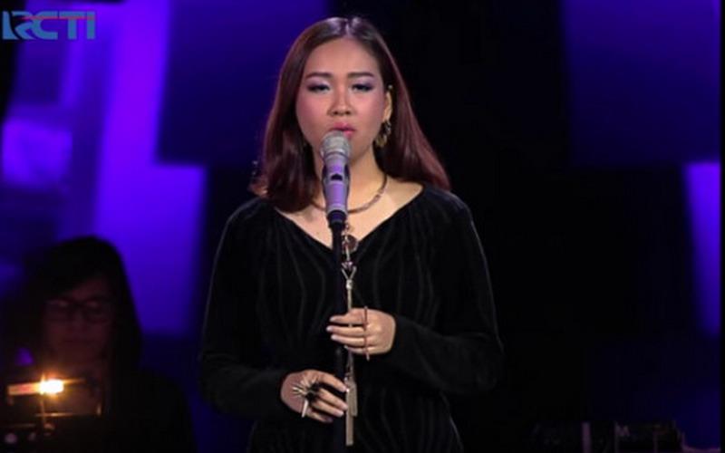 https: img-k.okeinfo.net content 2016 04 22 205 1370087 mengenal-lebih-dekat-gloria-jessica-fenomena-baru-the-voice-indonesia-H788InnHgH.jpg