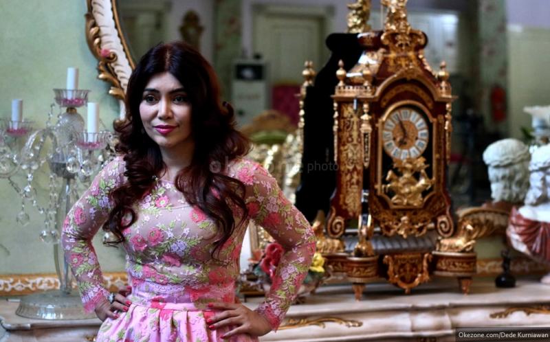 https: img-k.okeinfo.net content 2016 04 23 194 1370711 top-fashion-5-2-pahlawan-kecantikan-di-indonesia-UHclt8u3NA.jpg