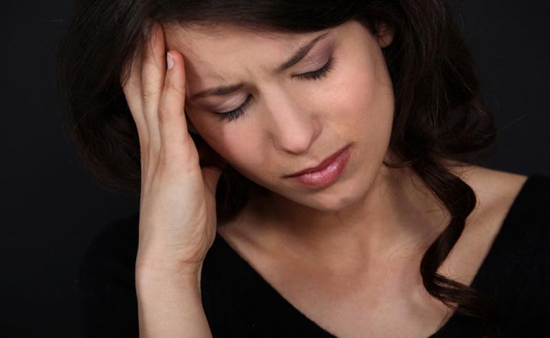 https: img-k.okeinfo.net content 2016 06 03 481 1405334 sering-migrain-wanita-berisiko-terkena-penyakit-jantung-T083HGdkYf.jpg
