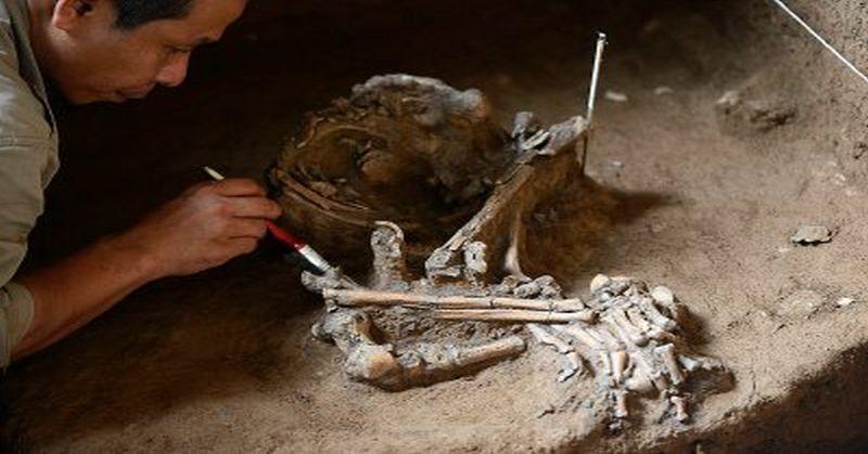 https: img-k.okeinfo.net content 2016 07 22 510 1444130 gunakan-alat-dari-tulang-manusia-prasejarah-gua-kidang-dianggap-lebih-cerdas-37Cr0uGrYE.jpg