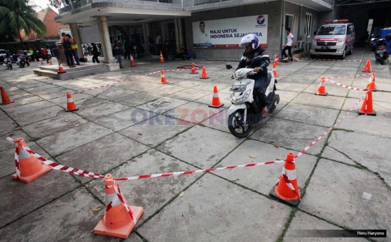 https: img-k.okeinfo.net content 2016 09 18 15 1492108 mengapa-biker-perlu-mengikuti-pelatihan-safety-riding-h76TCAHeUp.jpg