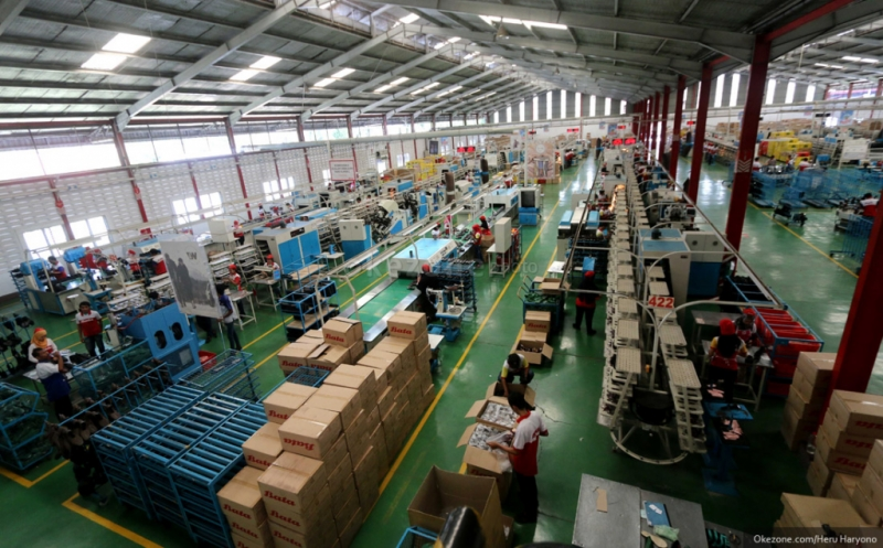 https: img-k.okeinfo.net content 2016 11 07 320 1535316 bangun-2-pabrik-mayora-siapkan-rp700-miliar-CmeChi73dX.jpg