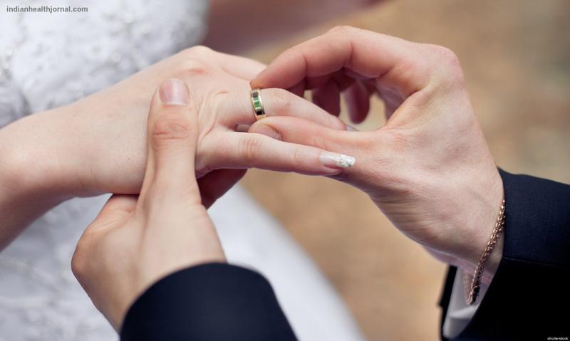 https: img-k.okeinfo.net content 2016 11 11 196 1539325 panduan-menjadi-suami-istri-harmonis-sesuai-ajaran-islam-eoMi87SPVC.jpg