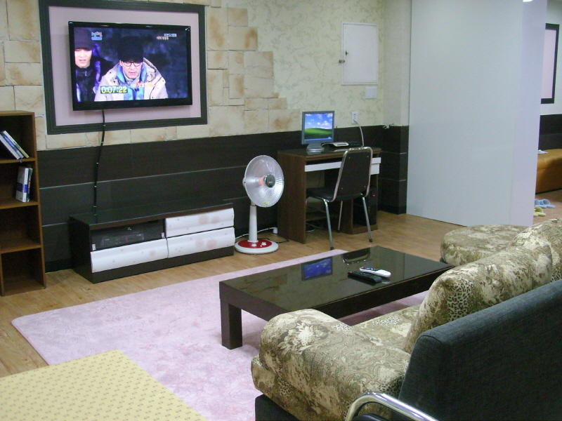 https img k.okeinfo.net content 2017 01 11 406 1589023 daftar hostel murah saat liburan di korea selatan 9E5XEThhaD.jpg