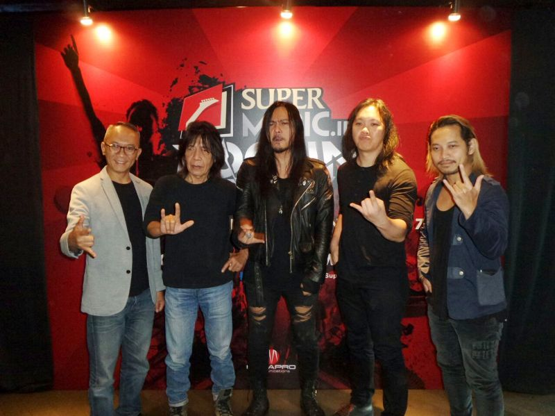 https img k.okeinfo.net content 2017 01 12 205 1590165 stephan santoso berharap pemenang super rockin battle punya karakter 9JdeEX1Bk4.jpg