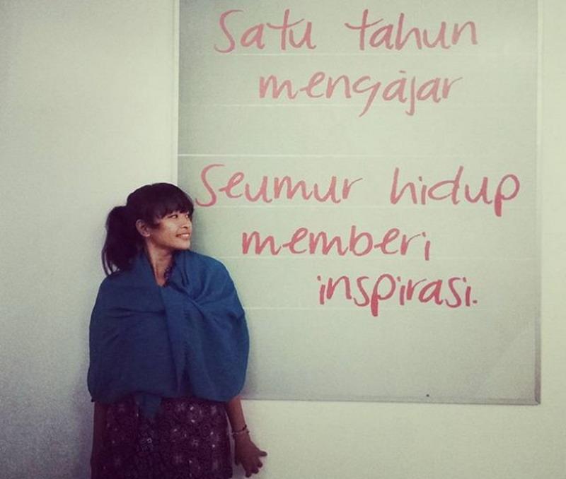https img k.okeinfo.net content 2017 01 17 196 1593838 fenty vianarika anak muda yang peduli pendidikan hingga ujung timur indonesia UCs0zhT8He.jpg
