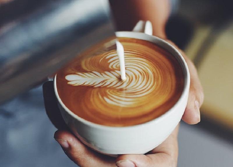 https: img-k.okeinfo.net content 2017 01 17 298 1593644 barista-tidak-akan-pesan-ini-di-coffee-shop-qvqZGab0CE.jpg