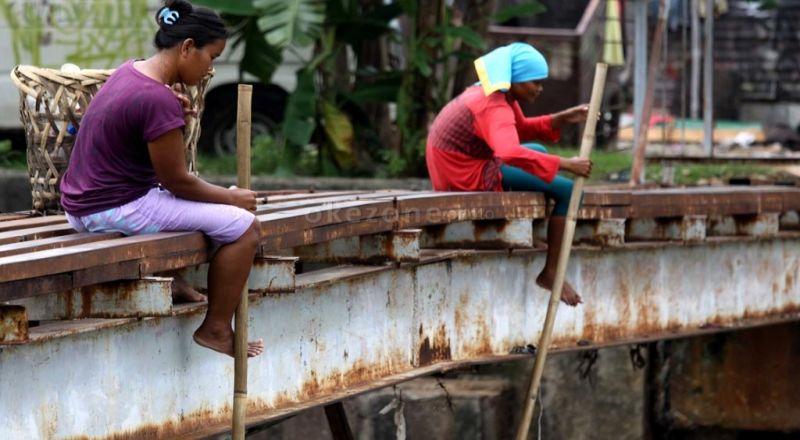 https: img-k.okeinfo.net content 2017 03 06 320 1635064 mengurangi-kemiskinan-dan-kesenjangan-ekonomi-daerah-gAJrvMjFCX.jpg