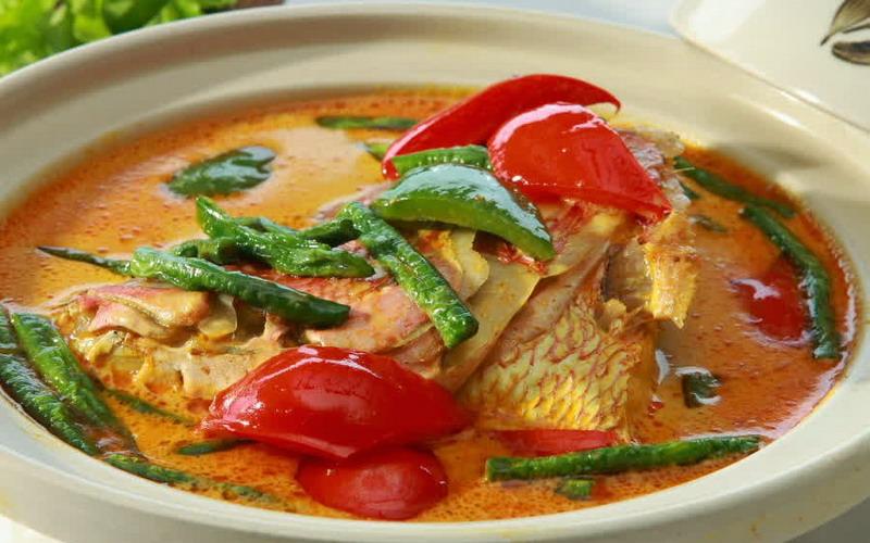 https img k.okeinfo.net content 2017 04 19 298 1671049 resep nenek rekomendasi resep gulai kepala ikan daun melinjo khas padang 5DBc1wy7Na.jpg