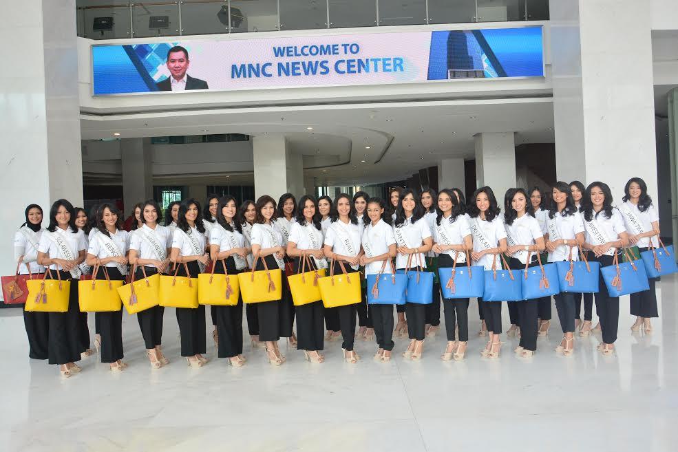 https: img-k.okeinfo.net content 2017 04 20 194 1672278 miss-indonesia-2017-antusias-34-finalis-miss-indonesia-2017-saat-kunjungan-ke-mnc-media-EzbUoiqRTc.jpg