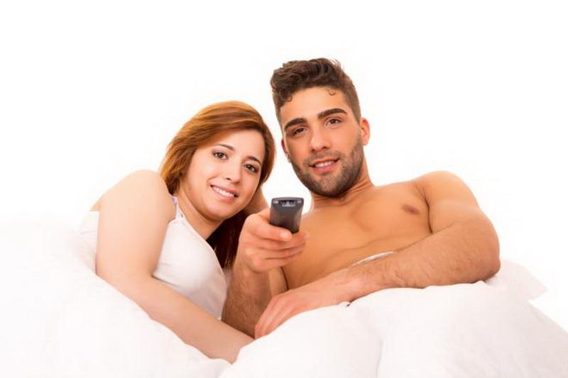 https img k.okeinfo.net content 2017 04 20 481 1672850 duh pasutri jangan sering sering nonton video porno deh HhocT9i6Hn.jpg