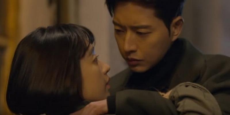 https: img-k.okeinfo.net content 2017 05 15 33 1691283 duh-park-hae-jin-sebut-ciuman-bibir-dengan-kim-min-jung-tak-romantis-Hcw7GyHcT4.jpg