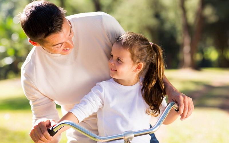 https img k.okeinfo.net content 2017 05 20 481 1695848 hai ayah ternyata asupan vitamin d anda akan memengaruhi pertumbuhan anak loh cH4mykg8z0.jpg