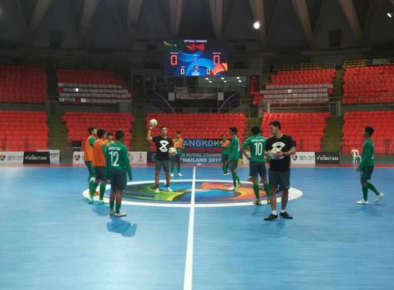 https: img-k.okeinfo.net content 2017 05 20 51 1695930 afc-u-20-futsal-championship-indonesia-lolos-ke-perempatfinal-yori-mengaku-tidak-punya-target-cV9fCmhE3k.jpeg