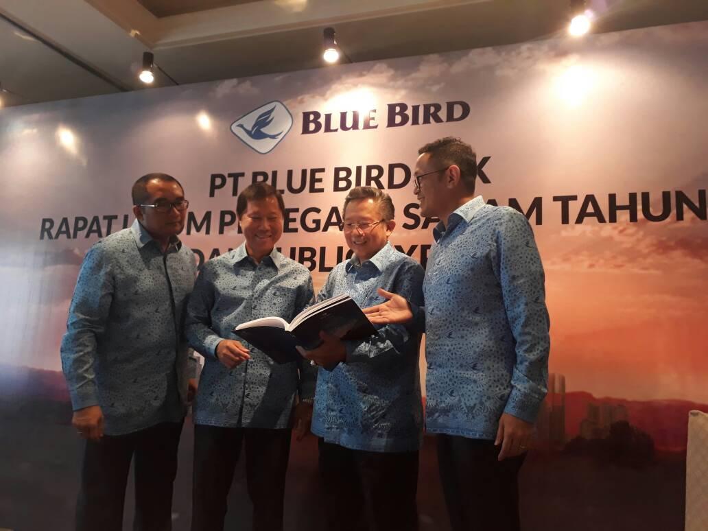https: img-k.okeinfo.net content 2017 06 09 278 1711961 blue-bird-siapkan-rp1-2-triliun-untuk-peremajaan-angkutan-bxEJsXsEQT.jpg