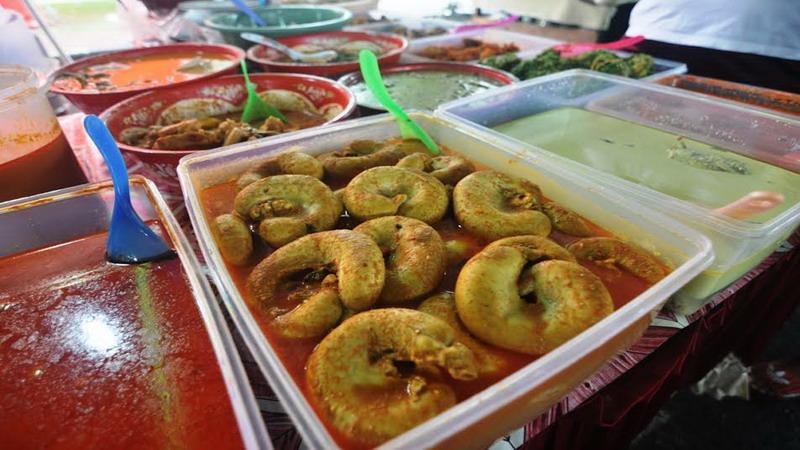 https: img-k.okeinfo.net content 2017 06 19 298 1719761 gulai-tambusu-sosis-besar-khas-sumatera-barat-yang-menggoda-selera-l7dcANTlsl.jpg