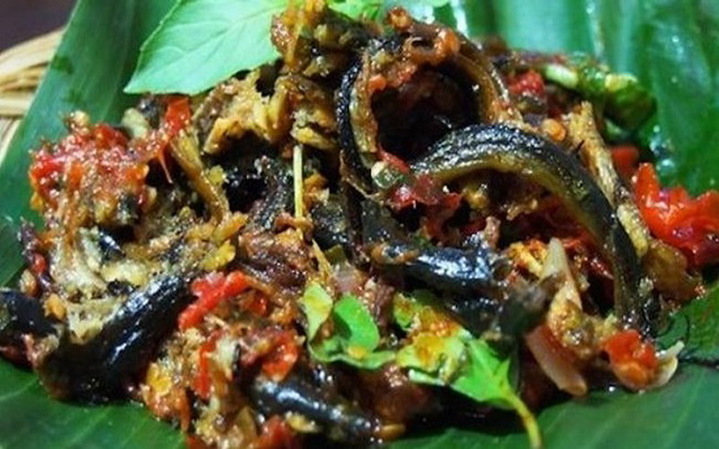 https img k.okeinfo.net content 2017 07 17 298 1738341 resep nenek maknyus makan malam dengan cobek belut ojSYoksQbR.jpg