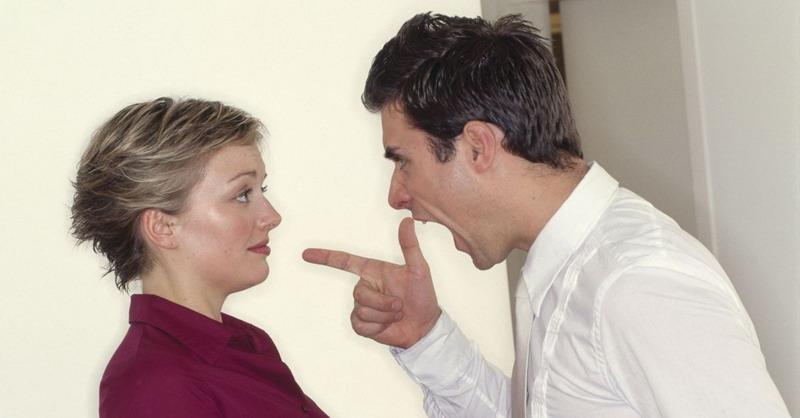 https: img-k.okeinfo.net content 2017 08 08 196 1752072 suami-istri-bertengkar-jangan-baper-ini-pertanda-anda-akan-makin-mencintai-Uf3QVQ7hKV.jpg