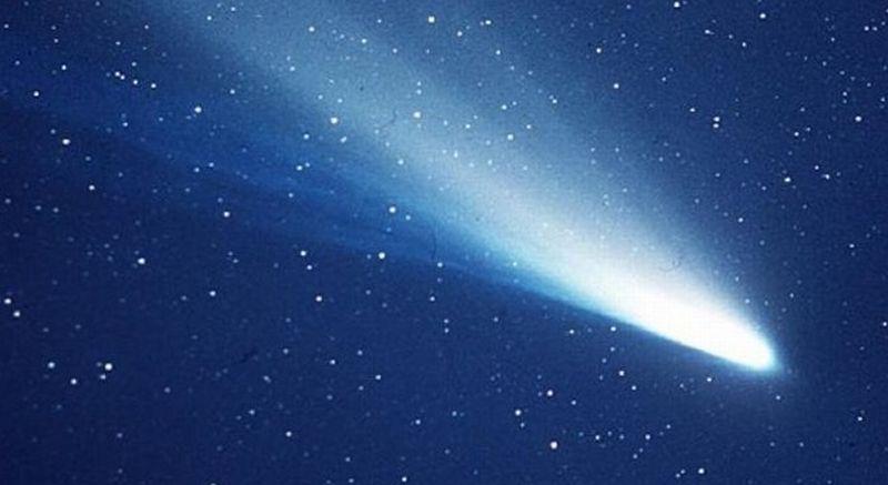 https: img-k.okeinfo.net content 2017 08 10 56 1753648 menakjubkan-nih-deretan-komet-paling-indah-yang-pernah-melintasi-bumi-Wc4WiBTkOa.jpg