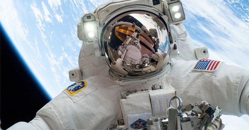 https: img-k.okeinfo.net content 2017 08 18 56 1758550 do-you-know-nih-bedanya-astronot-dan-kosmonot-BbmeyM8NQQ.jpg