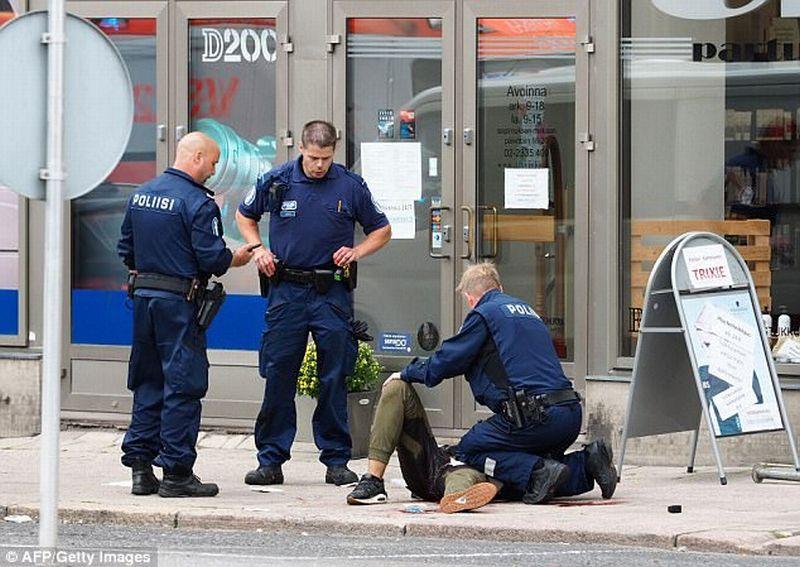 https: img-k.okeinfo.net content 2017 08 19 18 1758778 duuh-korban-tewas-penusukan-di-finlandia-bertambah-B95mlhX0g8.jpg