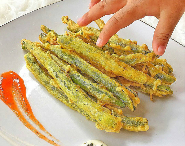 https: img-k.okeinfo.net content 2017 08 19 298 1758866 anak-susah-makan-sayur-buatkan-tempura-sayuran-yang-krispi-dan-sarat-vitamin-fCgHiMHvJN.jpg