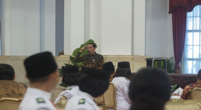 https: img-k.okeinfo.net content 2017 08 21 320 1759923 temui-jokowi-gereja-bethel-indonesia-minta-pembangunan-lebih-merata-9PmRCsh11H.jpg