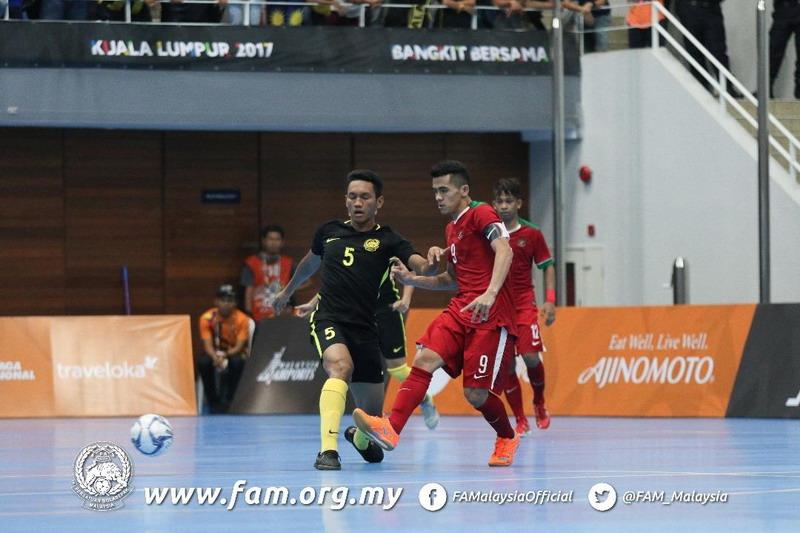 https: img-k.okeinfo.net content 2017 08 22 51 1761009 ditekuk-malaysia-0-5-peluang-timnas-futsal-putra-indonesia-raih-medali-di-sea-games-2017-masih-terbuka-v9hkZo4wo1.jpg