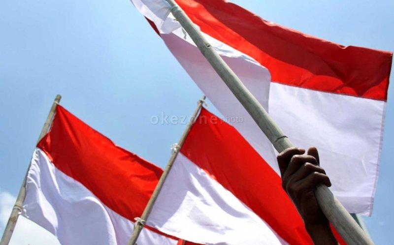 https: img-k.okeinfo.net content 2017 08 23 337 1761143 agar-tak-terulang-dpr-minta-insiden-bendera-indonesia-terbalik-harus-diusut-tuntas-hhbuub6ocz.jpg