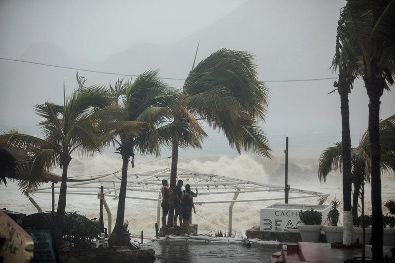 https: img-k.okeinfo.net content 2017 09 02 18 1767863 innalillahi-badai-tropis-lidia-hantam-meksiko-empat-tewas-PfE8dY1kDx.jpg