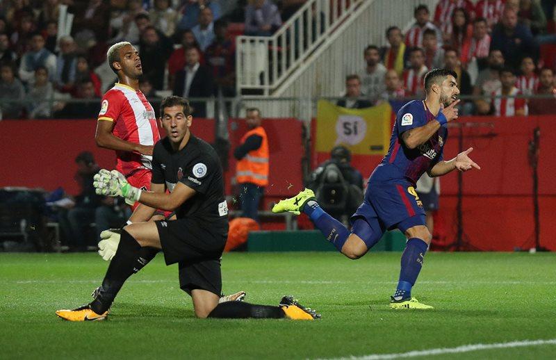 https: img-k.okeinfo.net content 2017 09 24 46 1781843 diuntungkan-2-gol-bunuh-diri-barcelona-menang-3-0-atas-girona-FUngjGSGYW.JPG