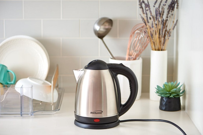 https: img-k.okeinfo.net content 2017 09 25 298 1782808 cooking-gadget-suka-pakai-teko-listrik-simak-langkah-tepat-untuk-membersihkannya-dpoQ13NTBo.jpg