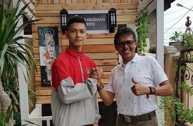 https: img-k.okeinfo.net content 2017 10 01 43 1786711 keren-karateka-asal-sumatera-barat-wakili-indonesia-pada-kejuaraan-dunia-di-barcelona-v3q2nffZxx.jpg