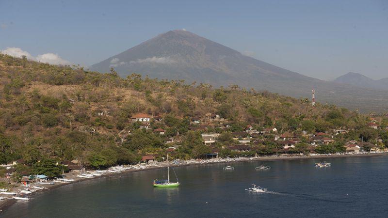 https: img-k.okeinfo.net content 2017 10 02 340 1786973 syukurlah-pvmbg-sebut-ada-penurunan-jumlah-gempa-gunung-agung-Zm2A6V5tYM.jpg