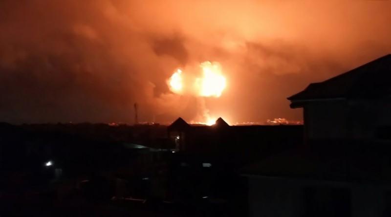 https: img-k.okeinfo.net content 2017 10 08 18 1791245 ledakan-dahsyat-depot-gas-ghana-tewaskan-setidaknya-enam-orang-P8v1cAtLpQ.JPG