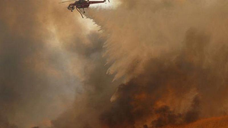 https: img-k.okeinfo.net content 2017 10 10 18 1792326 kebakaran-besar-di-california-memakan-10-korban-jiwa-dan-20-000-lainnya-harus-mengungsi-m9kmbRDiXt.jpg