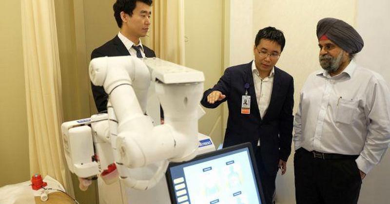 https: img-k.okeinfo.net content 2017 10 10 56 1792921 canggih-robot-ini-mampu-memijat-seperti-tukang-pijat-profesional-2x8DkhtPZ2.jpg