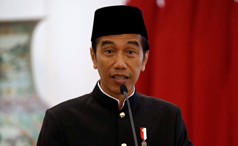 https: img-k.okeinfo.net content 2017 10 21 18 1799829 3-tahun-jokowi-jk-dino-patti-jalal-jokowi-berhasil-majukan-indonesia-di-kancah-asean-IeYvJYJxBd.jpg