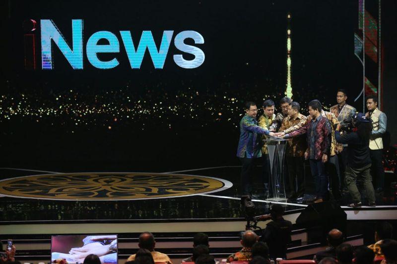 https: img-k.okeinfo.net content 2017 11 01 337 1806223 penuhi-kebutuhan-tayangan-berita-inews-tayang-di-4-stasiun-televisi-nasional-PnRaJneKgx.jpg