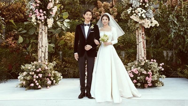https: img-k.okeinfo.net content 2017 11 03 33 1807607 media-china-siarkan-pernikahan-secara-ilegal-song-joong-ki-dan-song-hye-kyo-tak-akan-tempuh-jalur-hukum-y59xTXWPuv.jpg